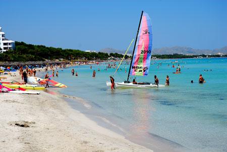 Mallorca una buena elecci n viajar con hijos for Oficina turismo palma