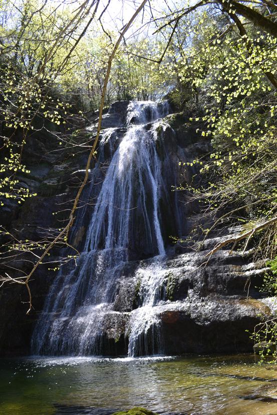 La Vall D U00b4en Bas  Un Regalo De La Naturaleza