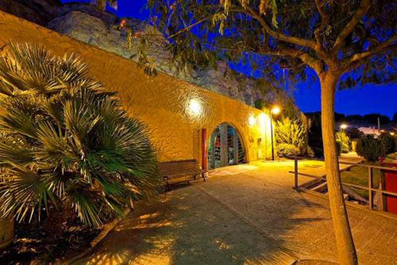 Cuevas-Rurales-Bardeneras_1319990474_g