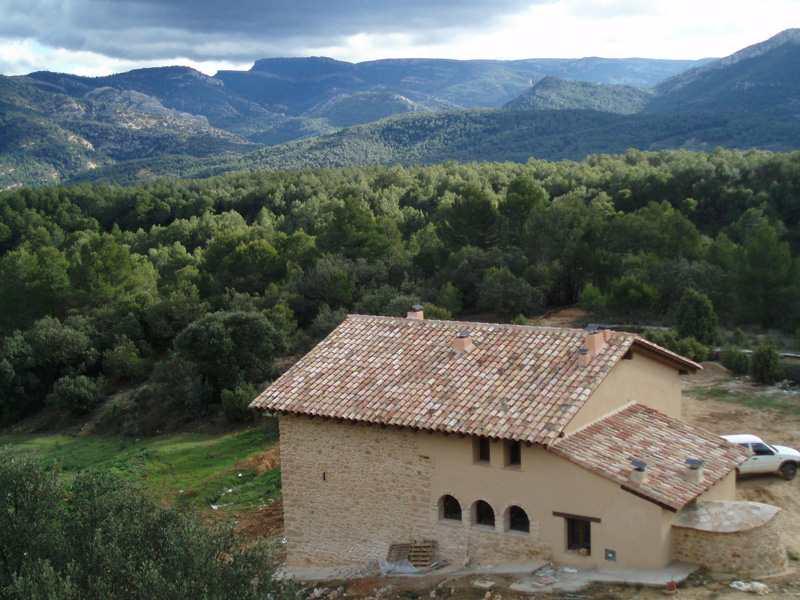 Masia-de-la-serra-de-la-cogulla_1359318505_o
