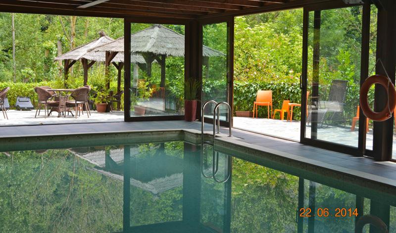Casas para un chapuz n tambi n con fr o viajar con hijos for Casa rural piscina climatizada interior