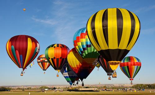 Disfruta de las alturas en familia viajar con hijos - Viaje en globo valencia ...