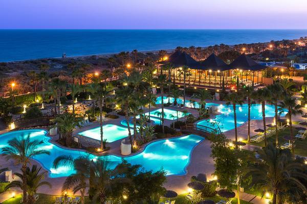 Puerto antilla grand hotel un resort caribe o en la for Hoteles en huelva capital con piscina