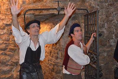 Rutas teatralizadas por la Viana Subterránea @ Oficina de Turismo de Viana