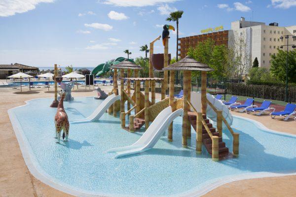 Hoteles saint michel pensando en las familias viajar for Hotel familiar en capital