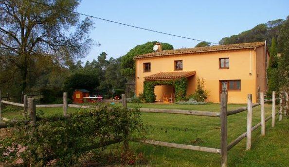 Casas rurales cercanas a parques de aventuras para ir con ni os - Requisitos para montar una casa rural ...