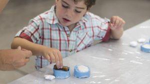 Taller familiar 'Objetos que crean objetos' @ Museu del Disseny de Barcelona | Barcelona | Catalunya | España